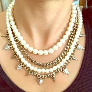 Jewelry - Gold Pearl Spiked Necklace with Earrings